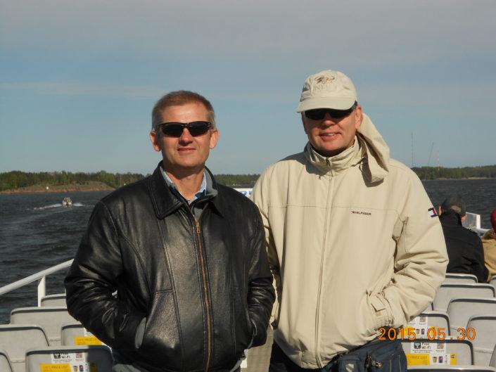 Antony Goodhead (balra) dél afrikai állatorvos szemésszel Helsinkiben