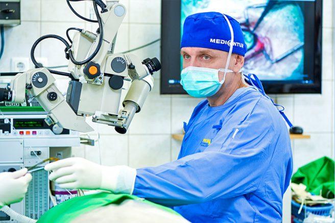 A mikrosebészti szemműtétekhez nélkülözhetetlenek a professzionális körülmények